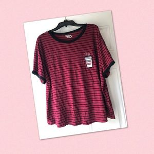 🌸Black and red striped coffee shirt🌸
